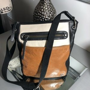 The Sak Bags   Leather Crossbody purse